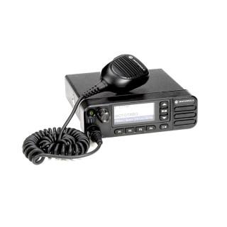 Motorola MOTOTRBO™ DM4600e VHF - mobilní profesionální radiostanice, standardní provedení