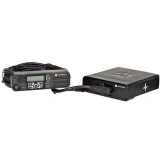 PMLN5404 Sada pro oddělenou montáž radiostanice Motorola DM